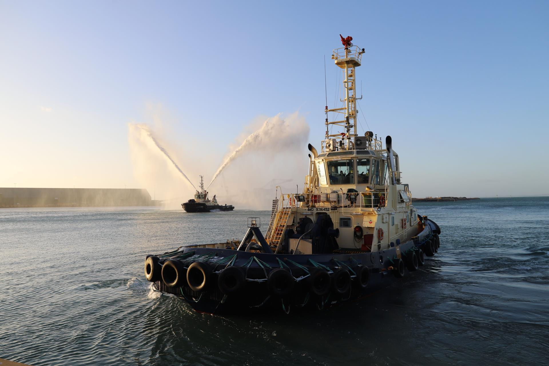 Tug naming winners